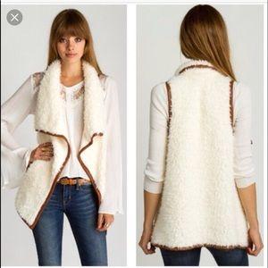 🔥 SALE 🔥 Brooklyn's faux Sherpa vest